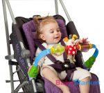 Taf Toys Stroll'n Roll játékhíd játékkal sportkocsira